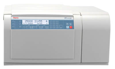 Thermo Scientific™Multifuge X1R Zentrifugensatz für unterschiedliche Anwendungen Multifuge X1R Multi-Application Centrifuge Package Universal-Tischzentrifugen