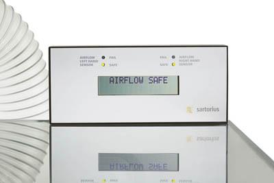 Sartorius™Armoires de sécurité pour la pesée Approvisionnement en air: Vitesse faciale de 0.057m3/sec à 0,35m/s avec connexion de direction, vitesse faciale de 0.062m3/sec à 0,35m/s avec connexion via filtre de ventilateur Sartorius™Armoires de sécurité pour la pesée